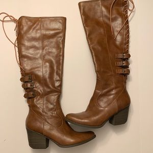 Coconuts by Matisse knee high lace up heeled boots